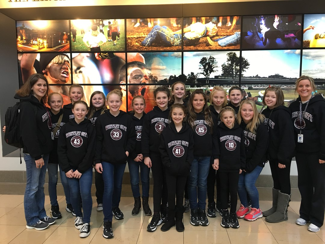 Girls Basketball visits UK Children's Hospital